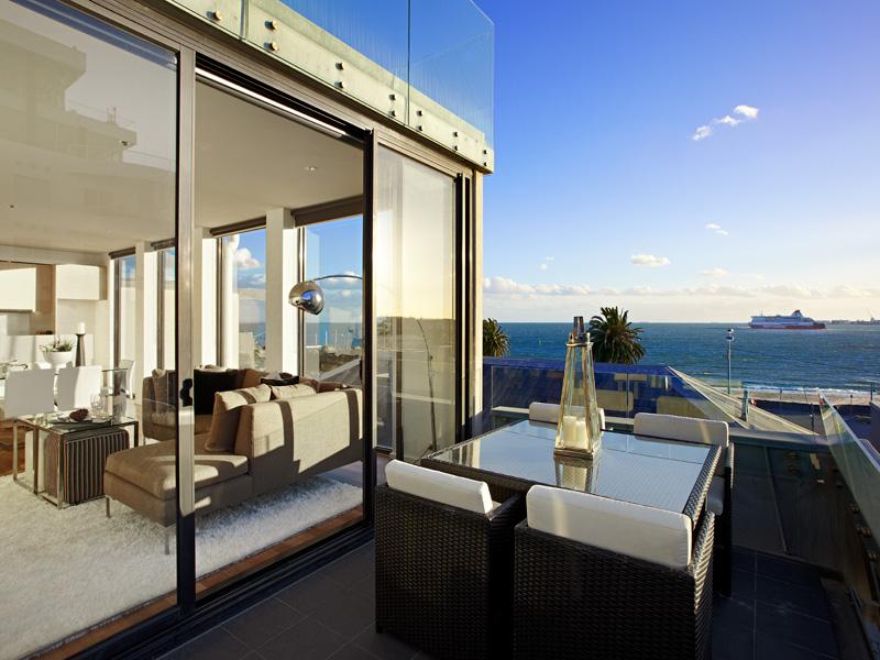 49 Beach St_balcony