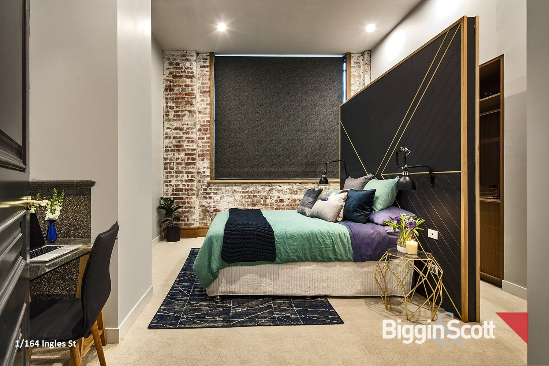 1_164_inglesst_3rd_bedroom